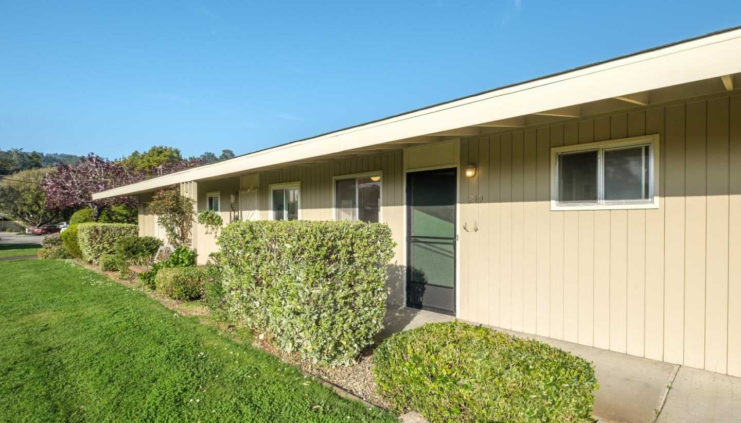 $299,000 - Br/1Ba -  for Sale in Carmel Valley