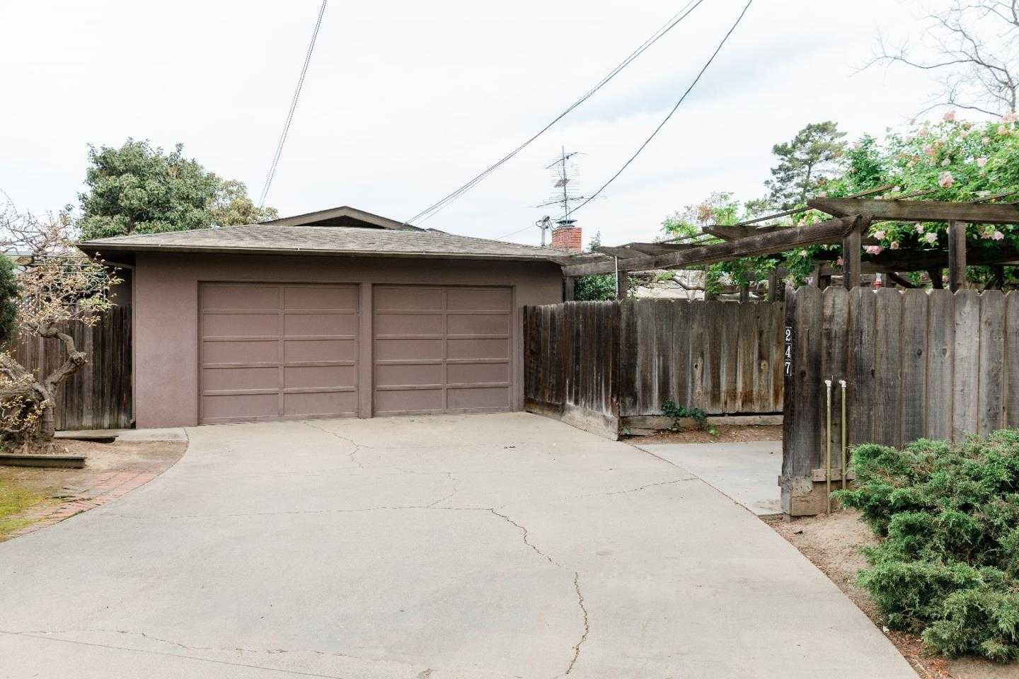 247 2nd ST GONZALES, CA 93926