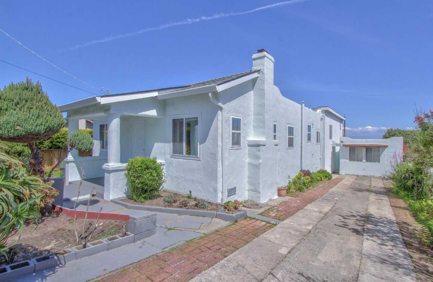$775,000 - 4Br/2Ba -  for Sale in Monterey