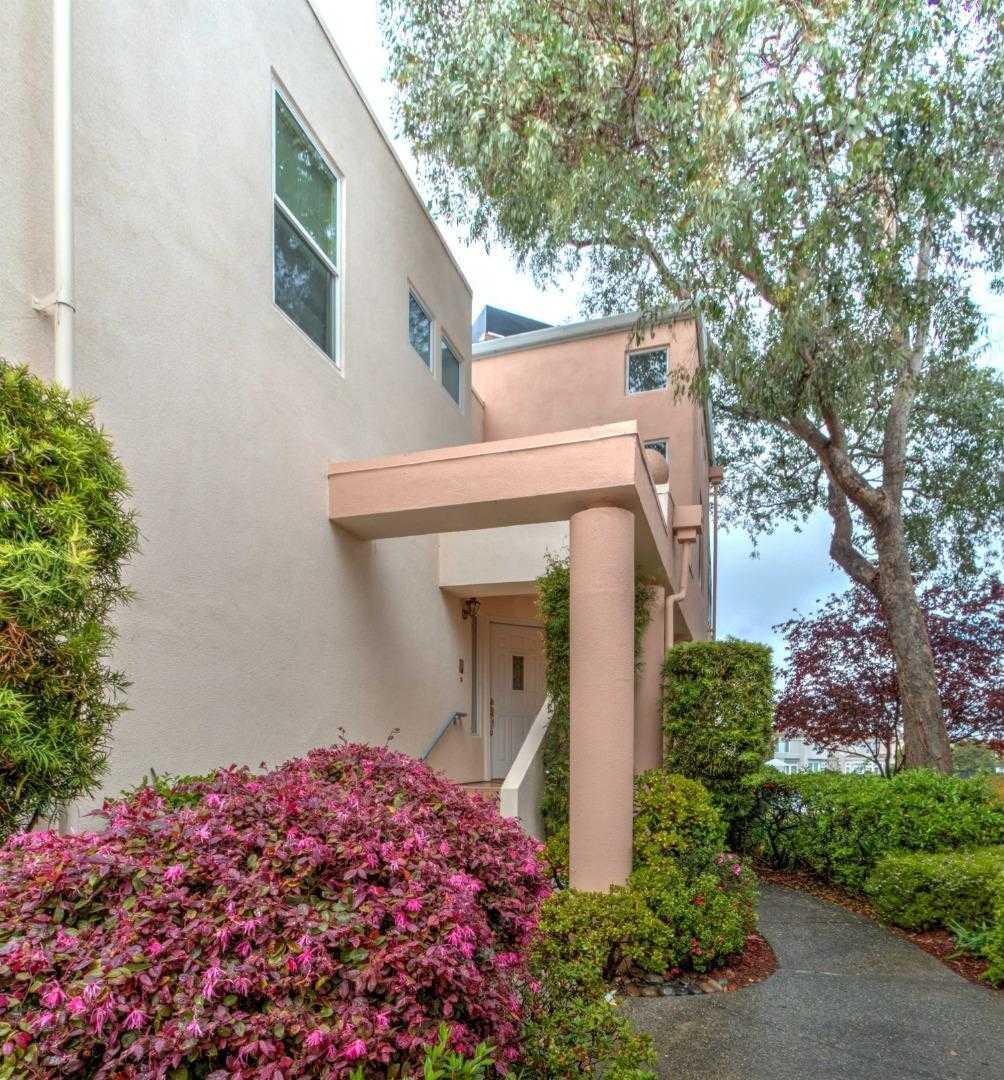 $1,479,000 - 2Br/3Ba -  for Sale in Redwood Shores
