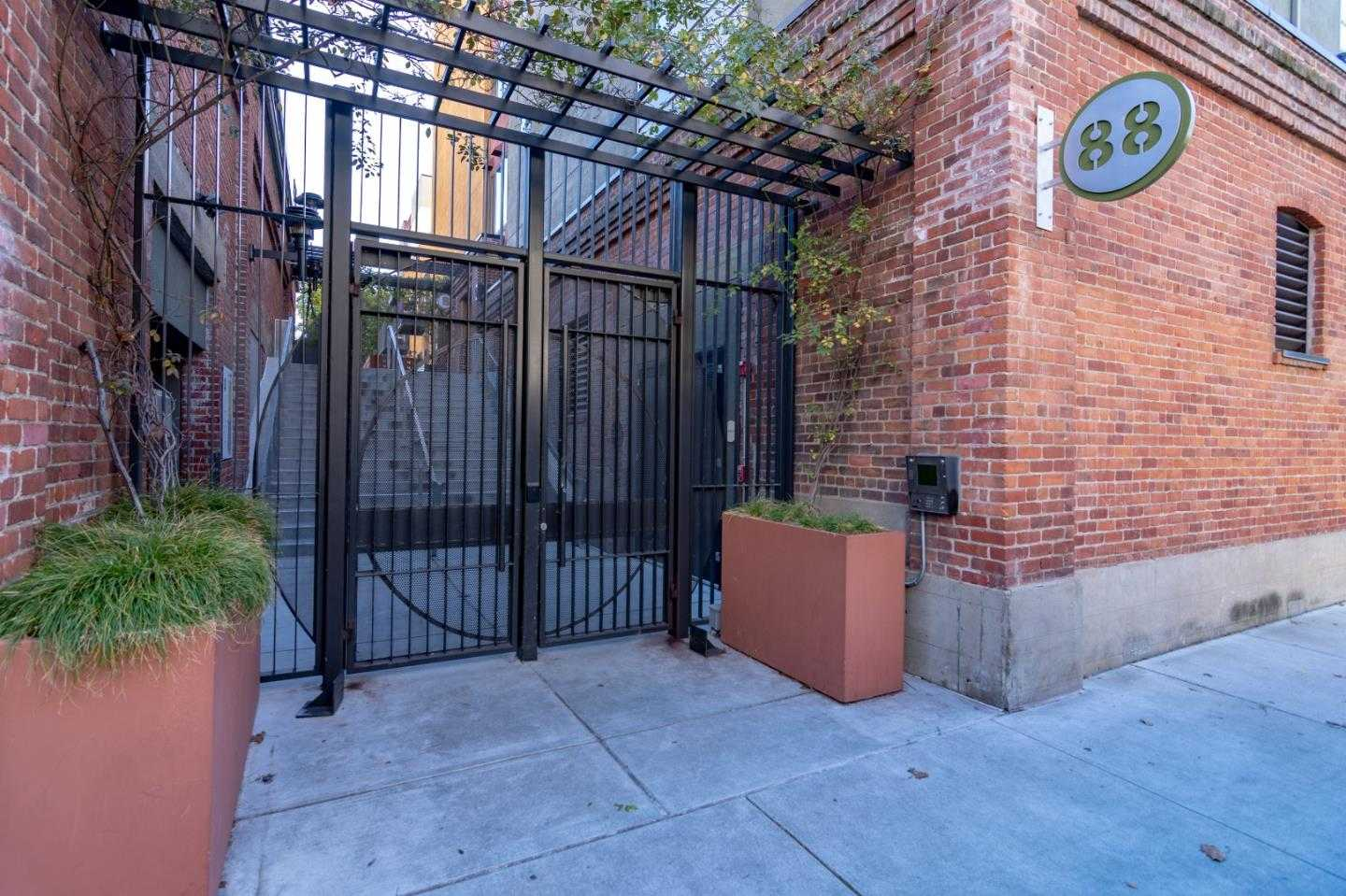 $1,049,000 - 2Br/2Ba -  for Sale in San Jose