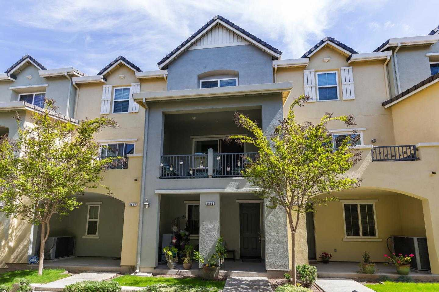 $918,800 - 4Br/4Ba -  for Sale in San Jose