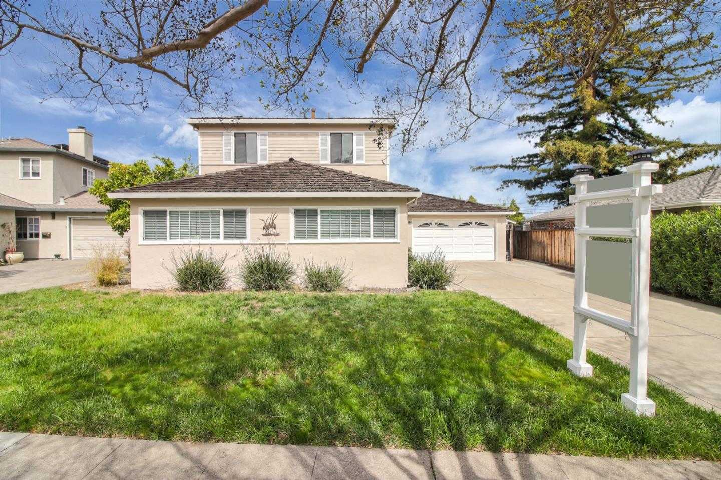 $1,998,000 - 4Br/3Ba -  for Sale in Redwood City