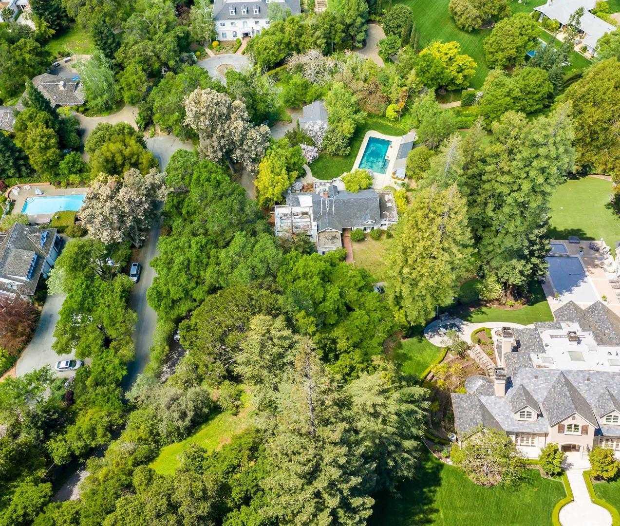 $14,988,000 - 3Br/4Ba -  for Sale in Atherton