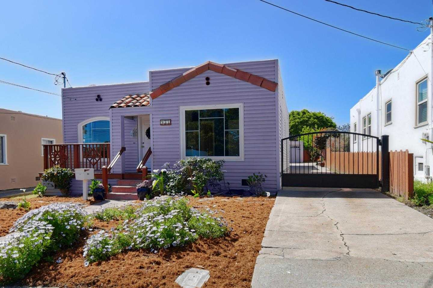 $910,000 - 3Br/2Ba -  for Sale in Monterey