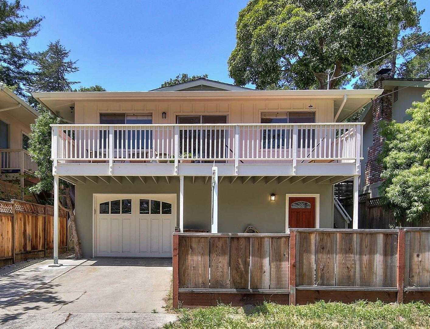 $1,395,000 - 4Br/3Ba -  for Sale in Carmel