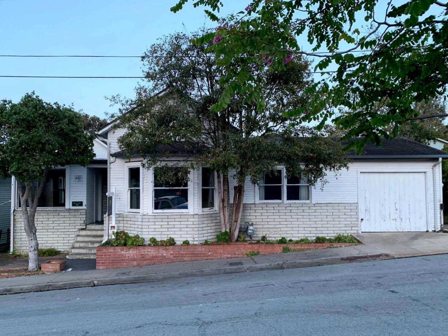 $740,000 - 3Br/3Ba -  for Sale in Pacific Grove