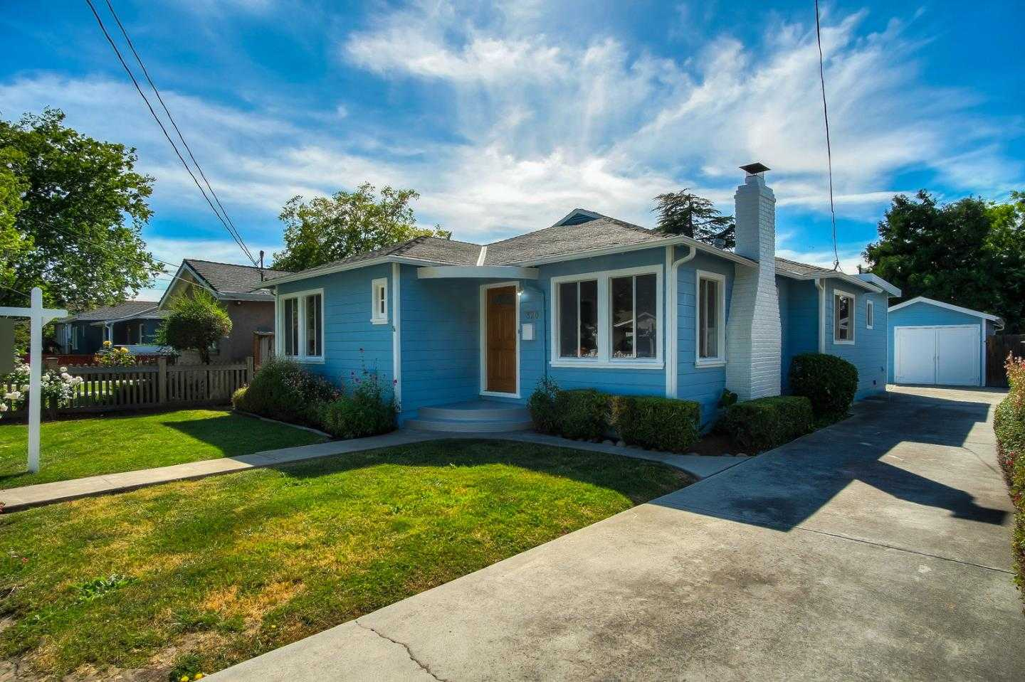 $1,238,000 - 3Br/2Ba -  for Sale in Redwood City