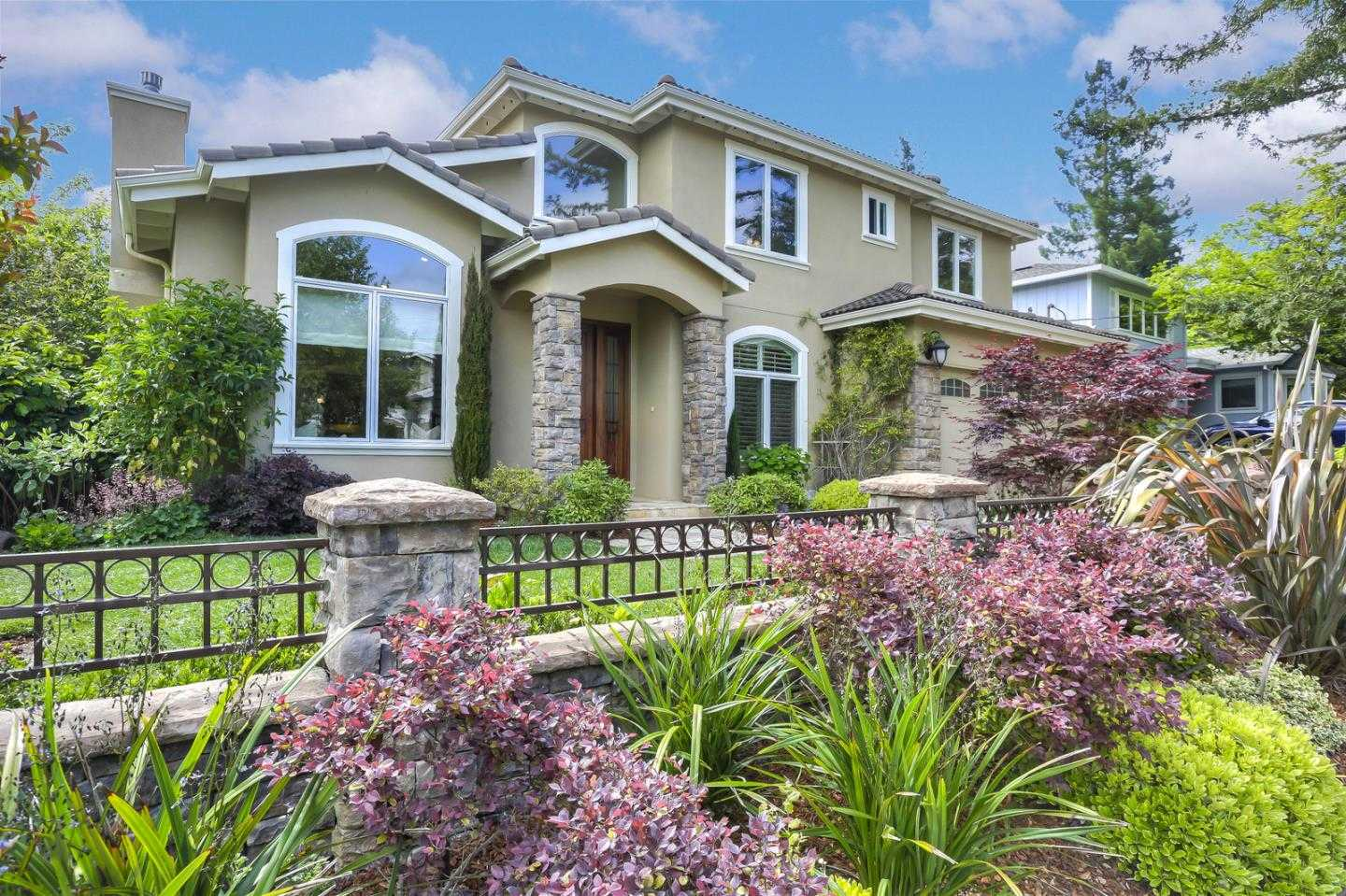 $4,450,000 - 5Br/5Ba -  for Sale in Menlo Park