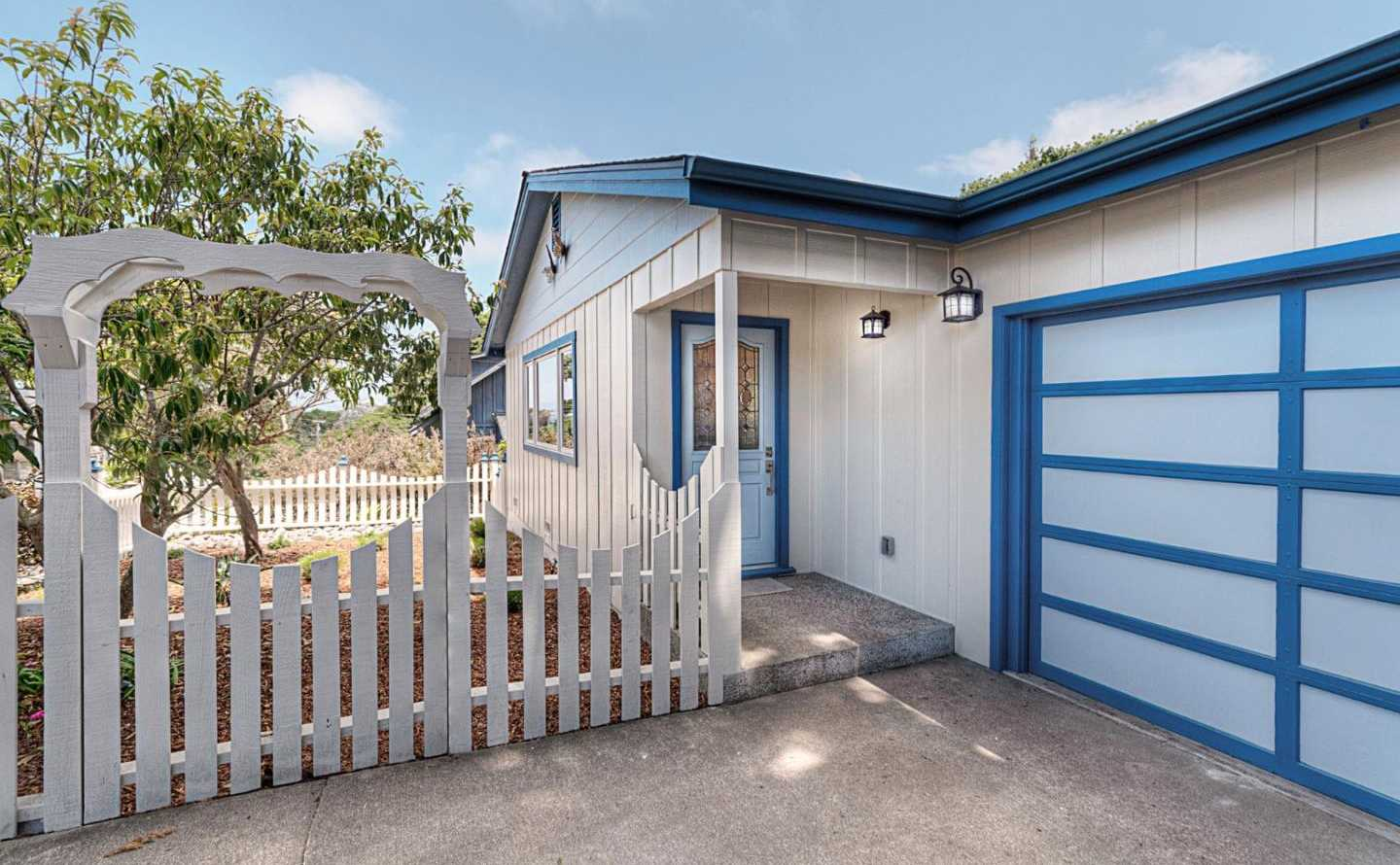 $925,000 - 2Br/2Ba -  for Sale in Pacific Grove