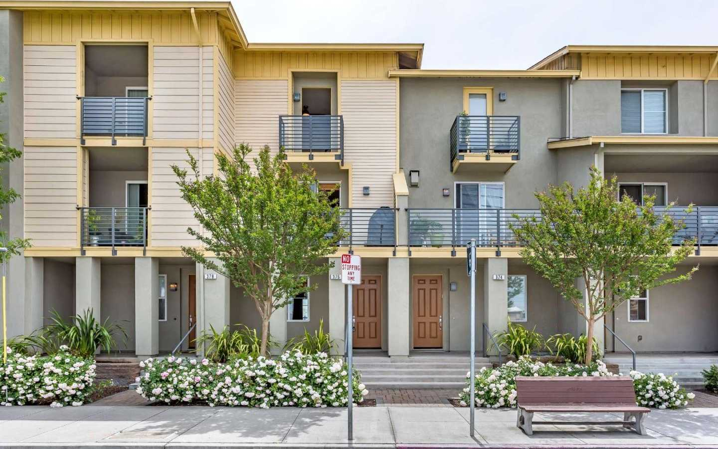 $985,000 - 3Br/4Ba -  for Sale in San Jose