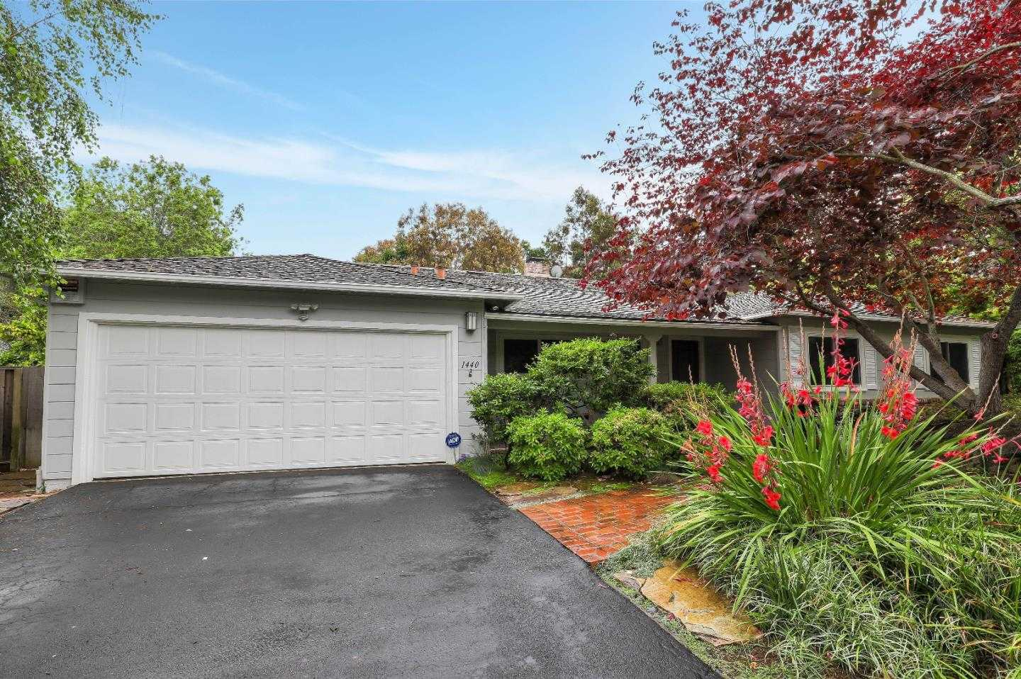 $3,398,000 - 4Br/3Ba -  for Sale in Los Altos