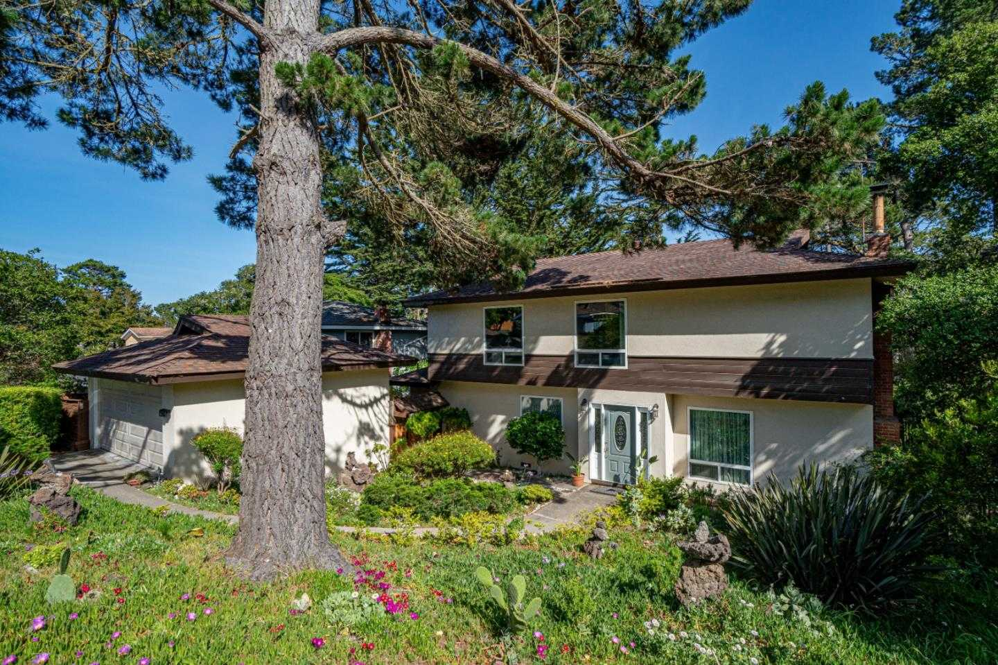 $875,000 - 3Br/3Ba -  for Sale in Monterey