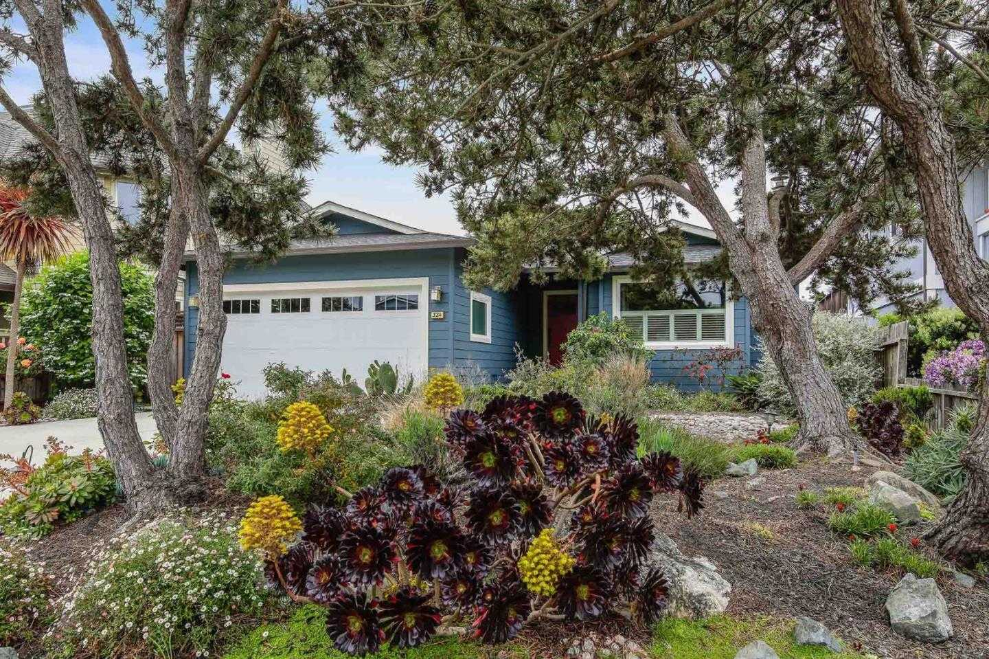 324 Garcia Ave Half Moon Bay, CA 94019