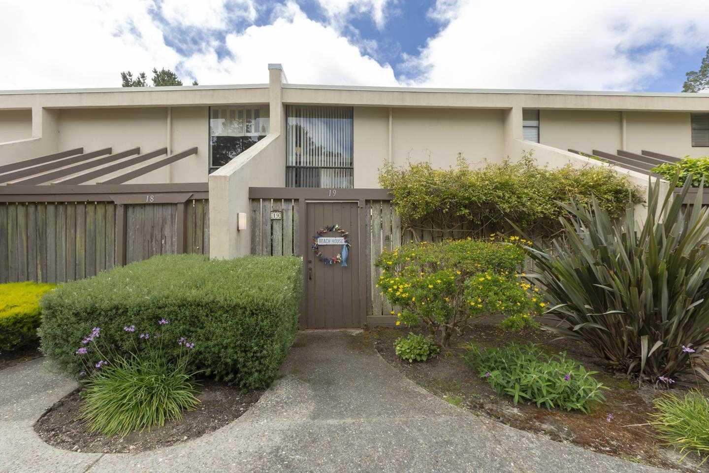 $699,000 - 2Br/2Ba -  for Sale in Carmel