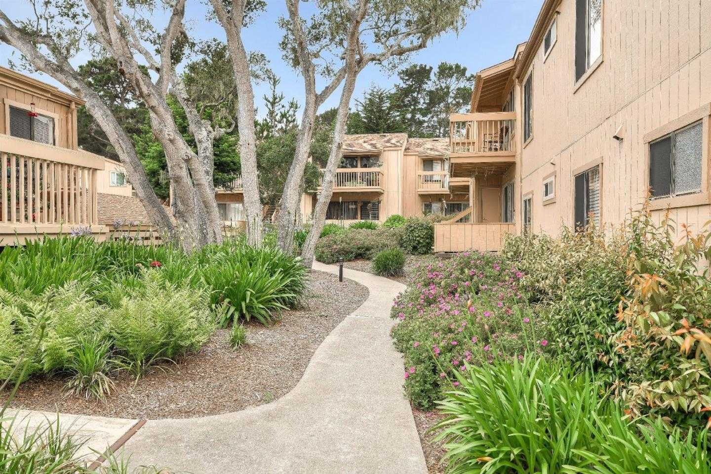 $385,000 - 1Br/1Ba -  for Sale in Monterey