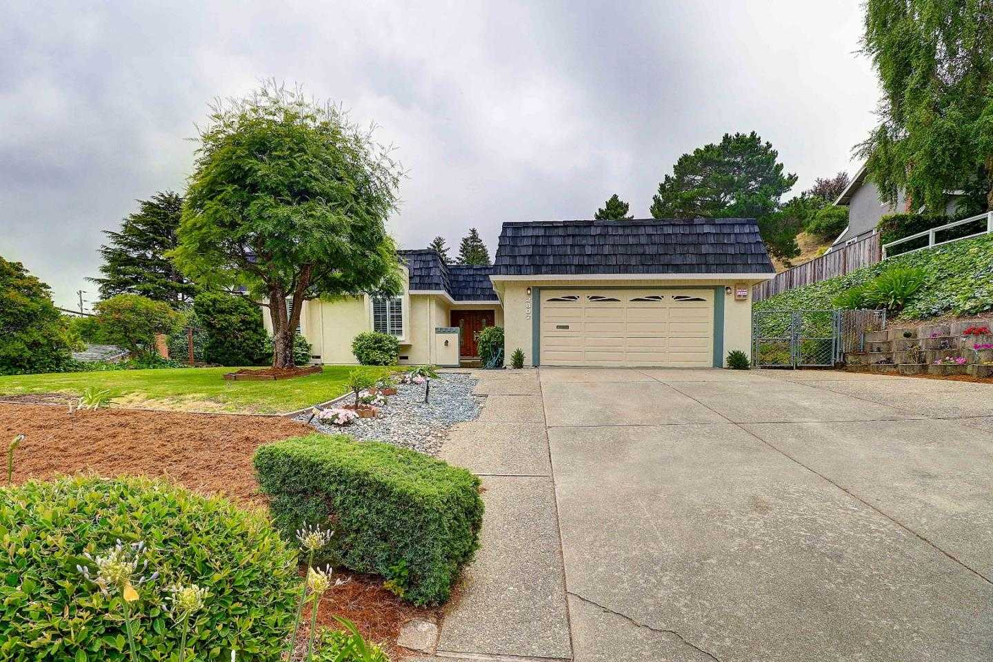 2807 Wemberly Dr Belmont, CA 94002