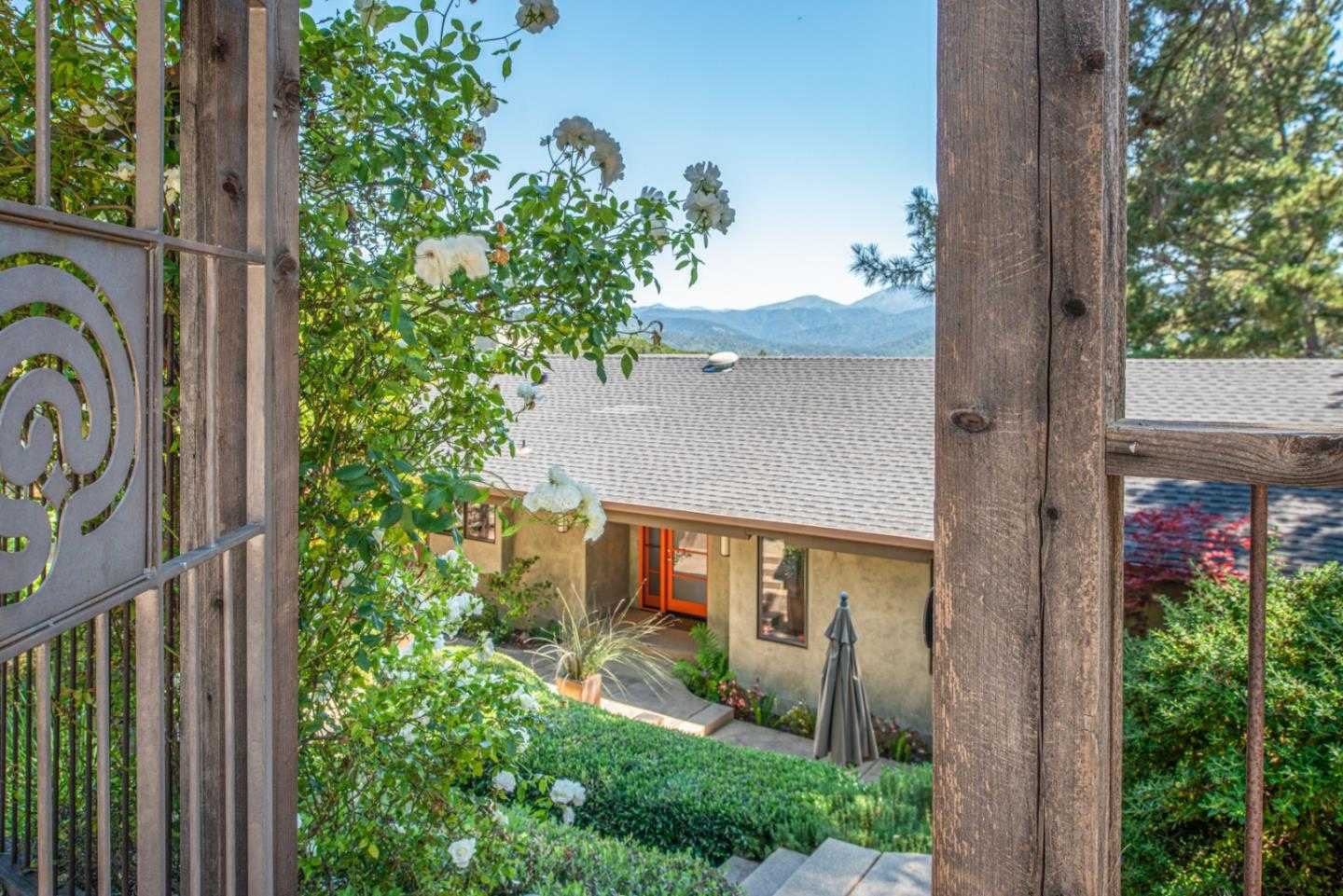 198 Chaparral Rd Carmel Valley, CA 93924