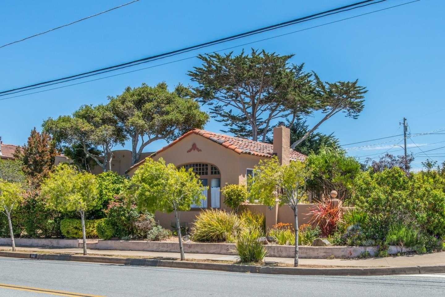 $985,000 - 4Br/2Ba -  for Sale in Pacific Grove