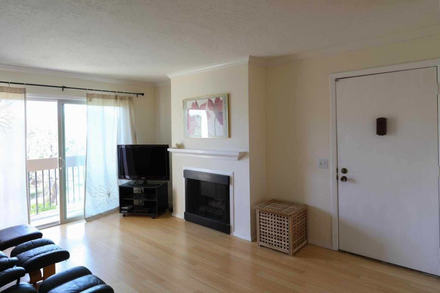 $363,000 - 1Br/1Ba -  for Sale in Monterey