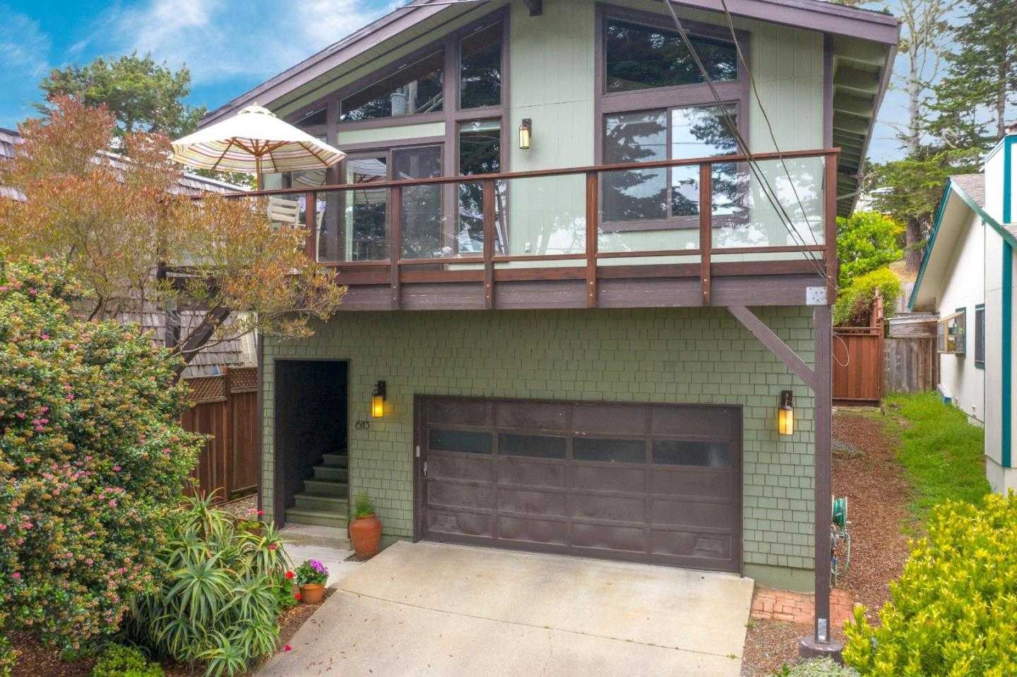 $1,185,000 - 4Br/3Ba -  for Sale in Moss Beach