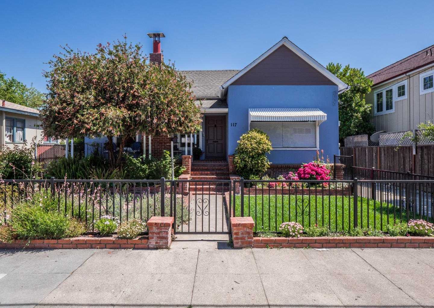 $849,000 - 3Br/2Ba -  for Sale in Santa Cruz