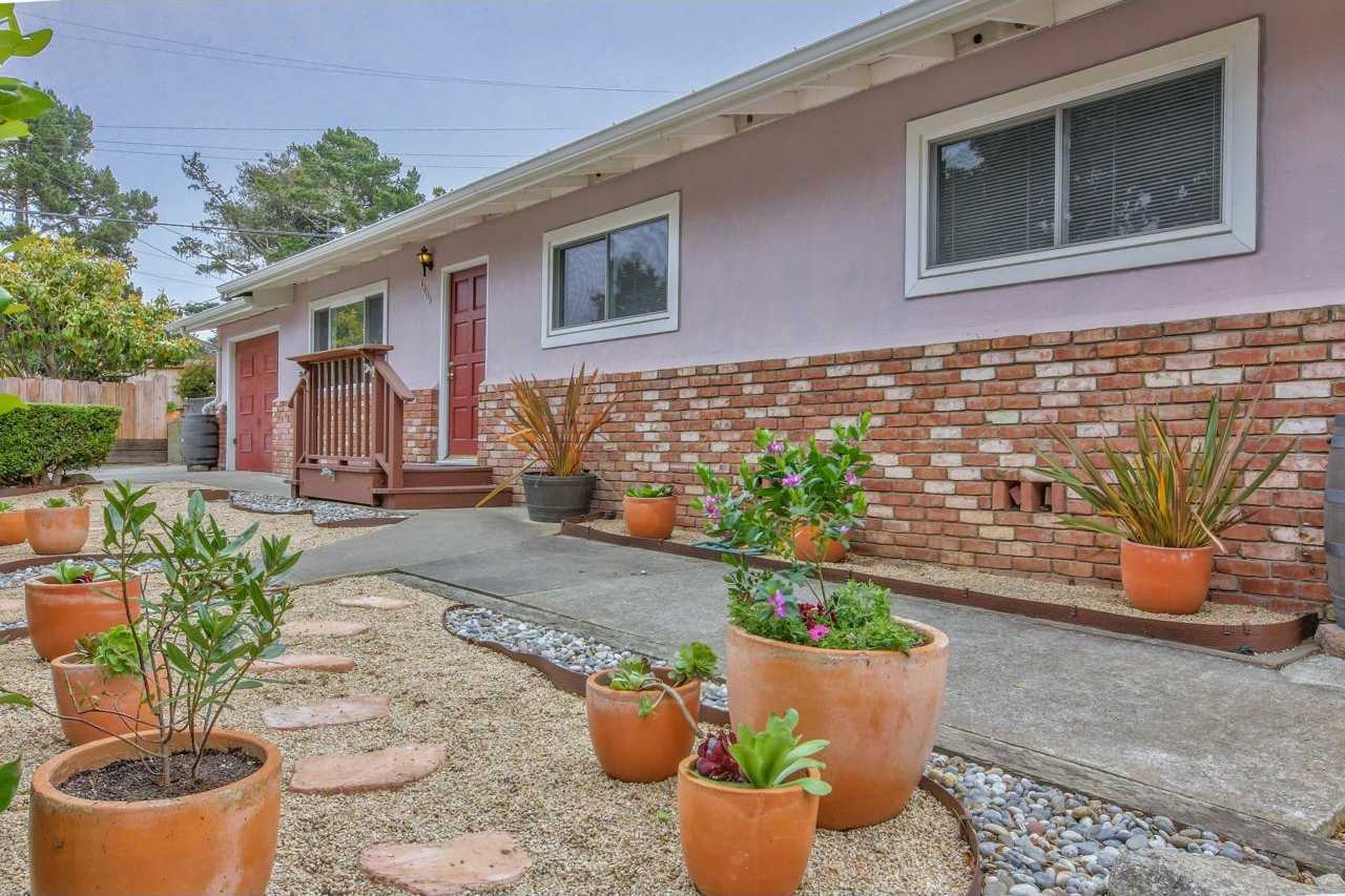 $675,000 - 3Br/2Ba -  for Sale in Pacific Grove