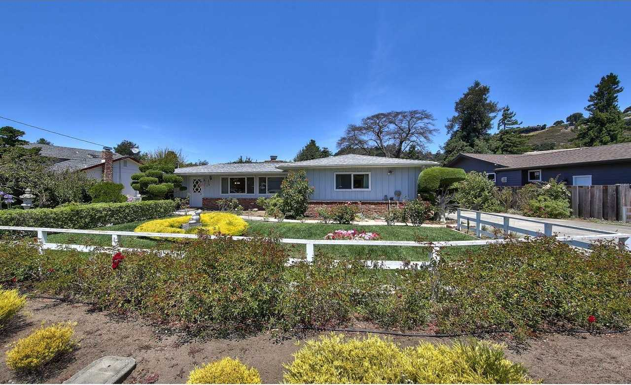 $950,000 - 4Br/3Ba -  for Sale in Carmel Valley