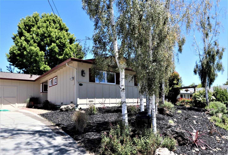$899,000 - 3Br/2Ba -  for Sale in Santa Cruz