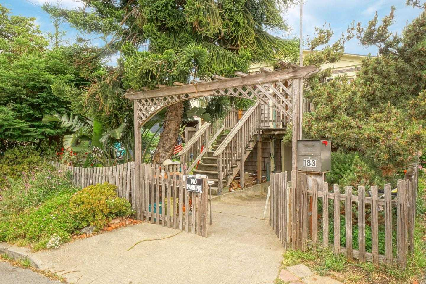 $869,000 - 3Br/1Ba -  for Sale in Pacifica