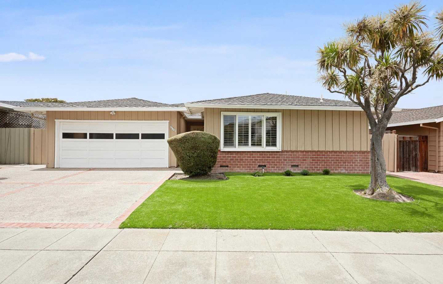 $1,699,000 - 5Br/2Ba -  for Sale in Foster City