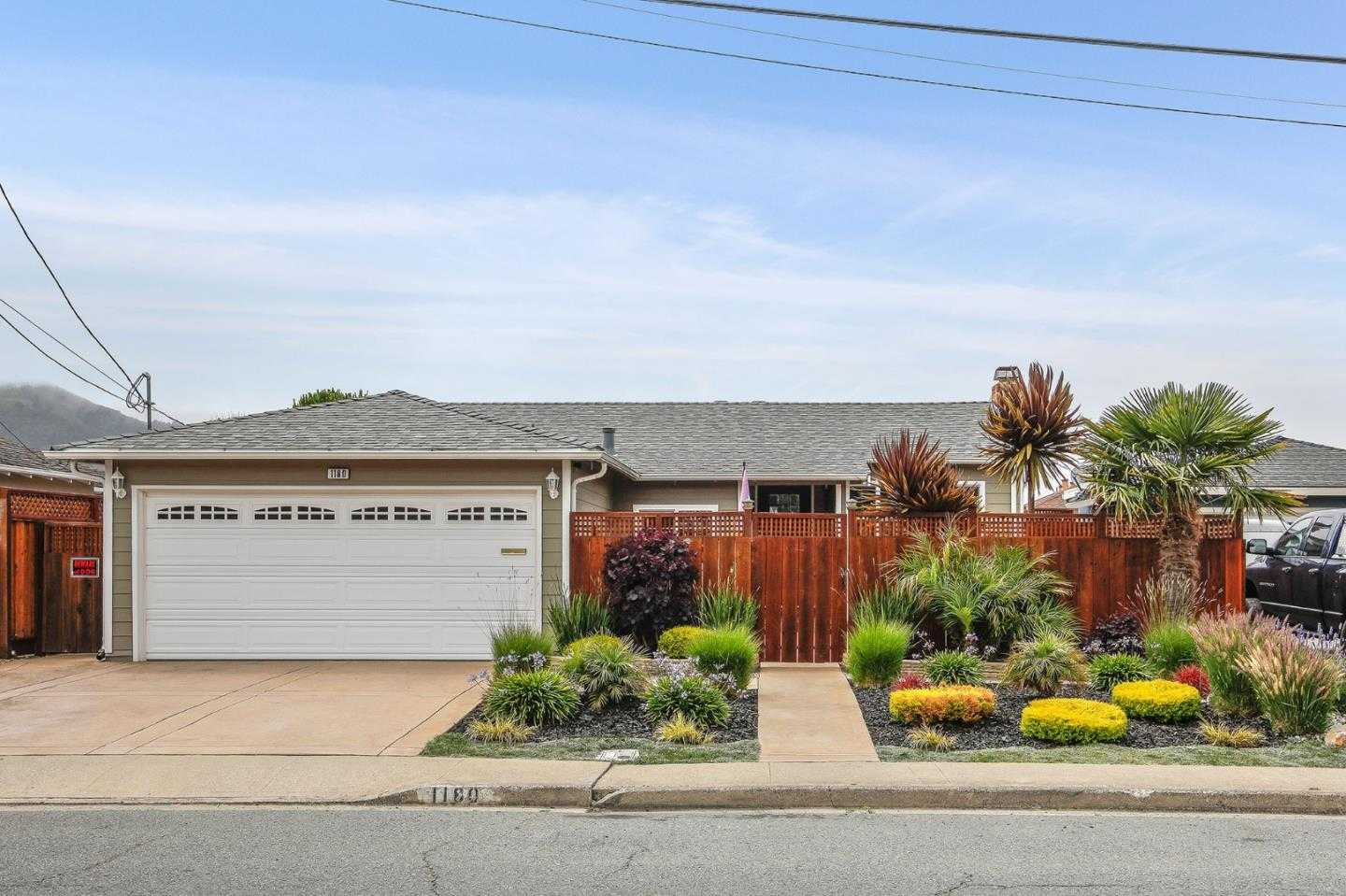 $898,000 - 3Br/1Ba -  for Sale in Pacifica