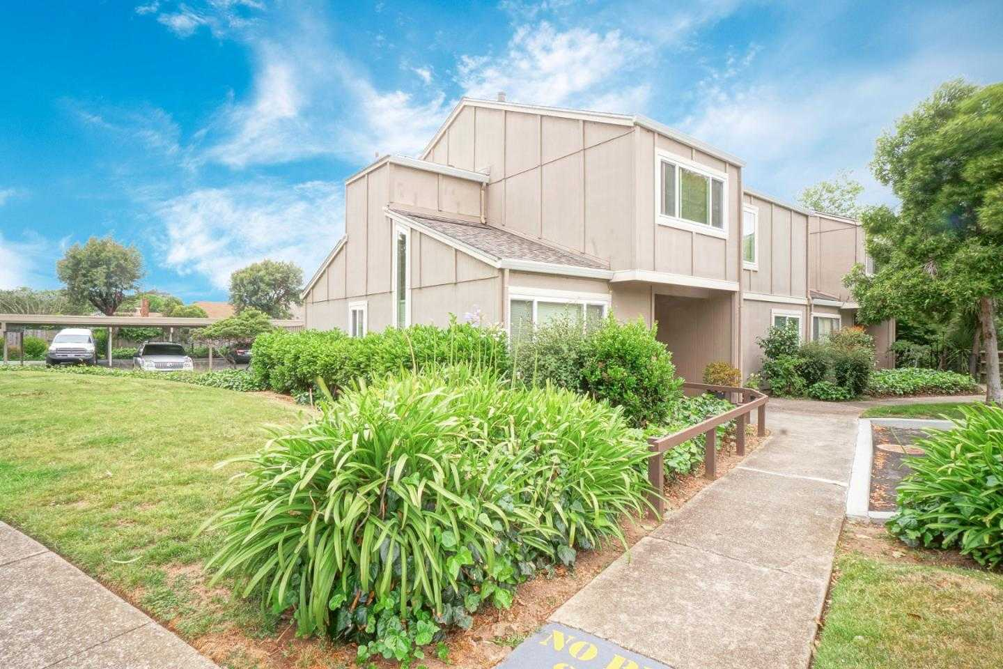 $679,000 - 2Br/2Ba -  for Sale in Pacifica