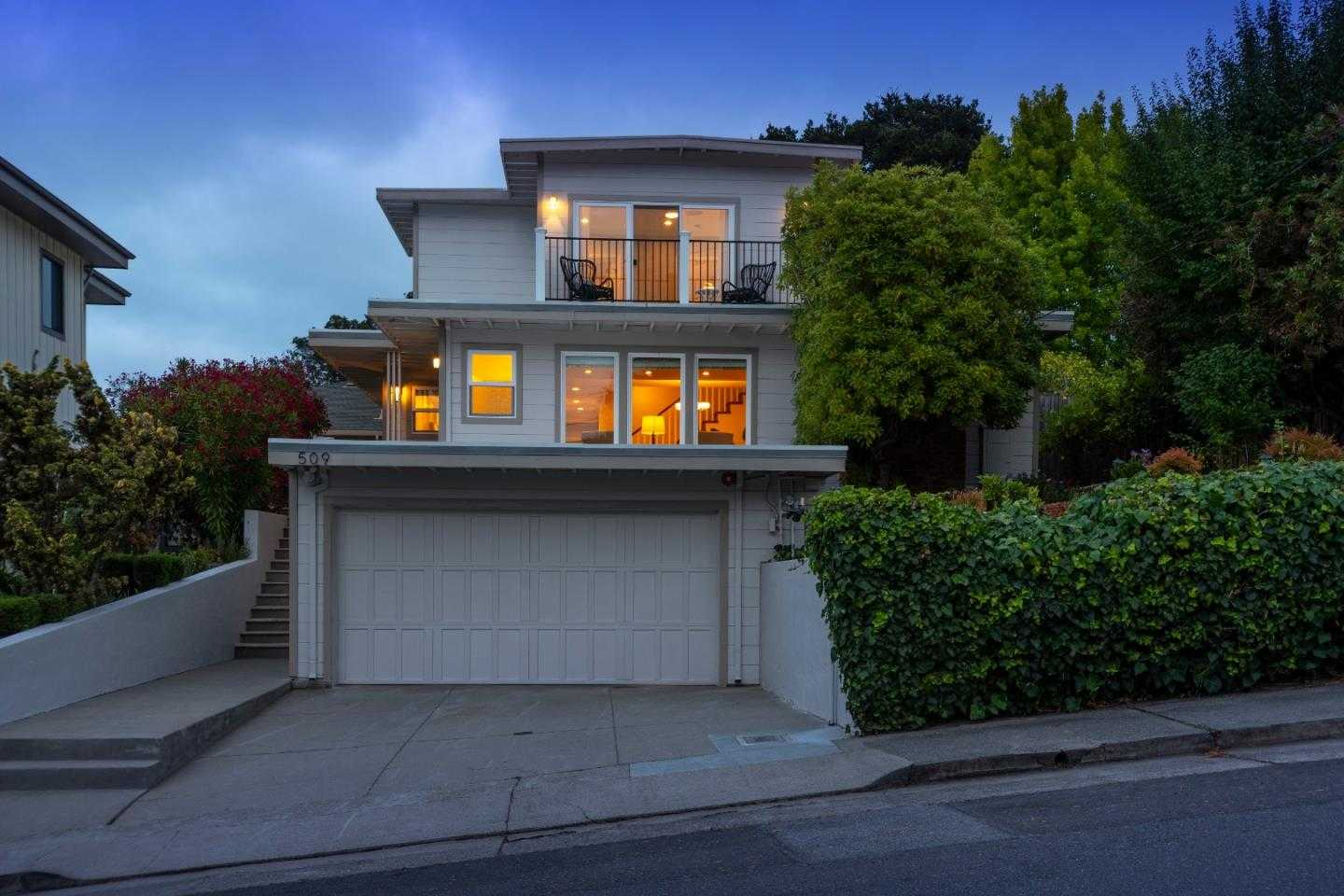 $1,998,000 - 4Br/4Ba -  for Sale in San Mateo