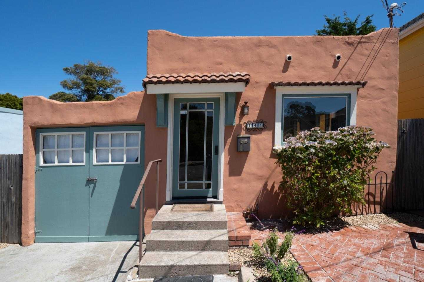 $689,000 - 1Br/1Ba -  for Sale in Pacific Grove