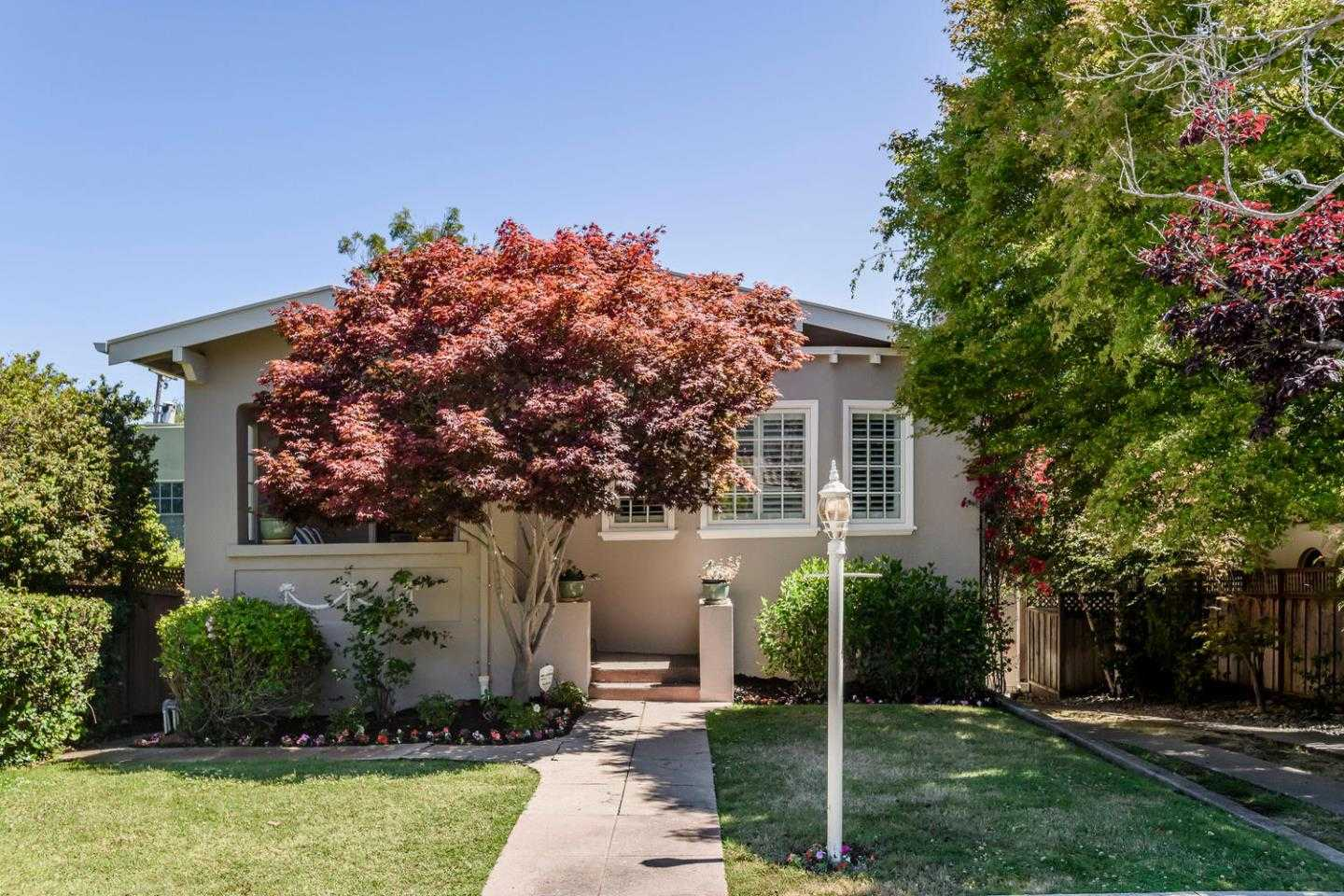 $2,748,000 - 3Br/3Ba -  for Sale in Burlingame