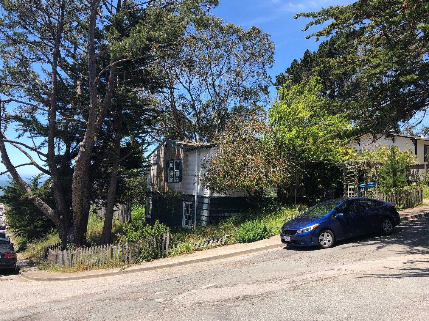 $628,000 - 3Br/1Ba -  for Sale in Pacifica