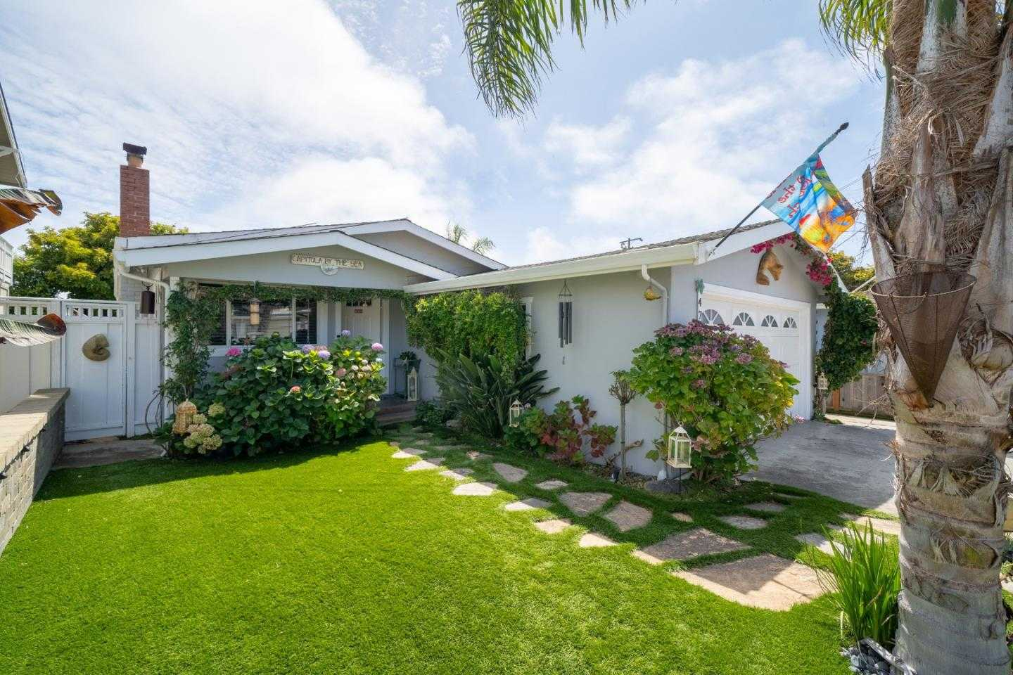 $1,223,000 - 2Br/1Ba -  for Sale in Capitola
