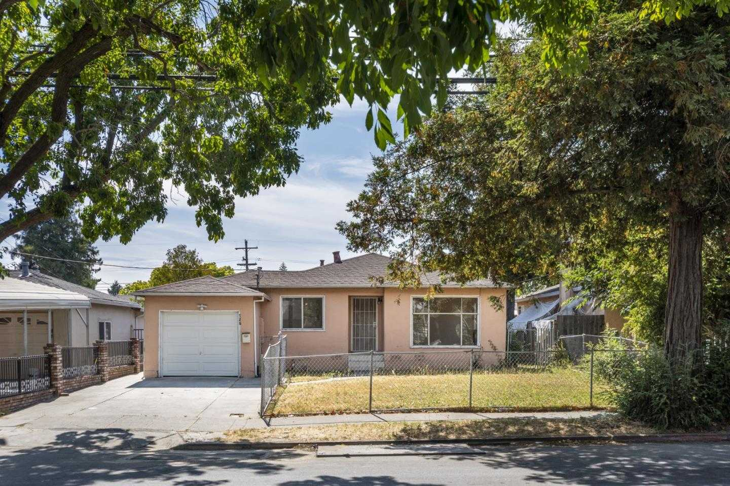 $749,950 - 3Br/1Ba -  for Sale in Redwood City