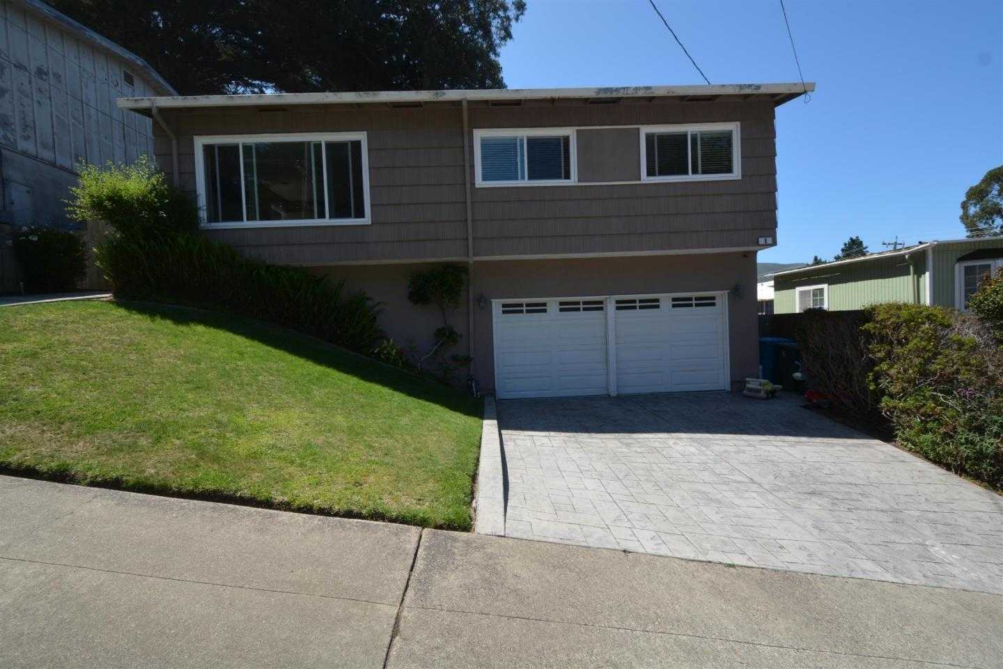 $998,000 - 3Br/2Ba -  for Sale in Pacifica
