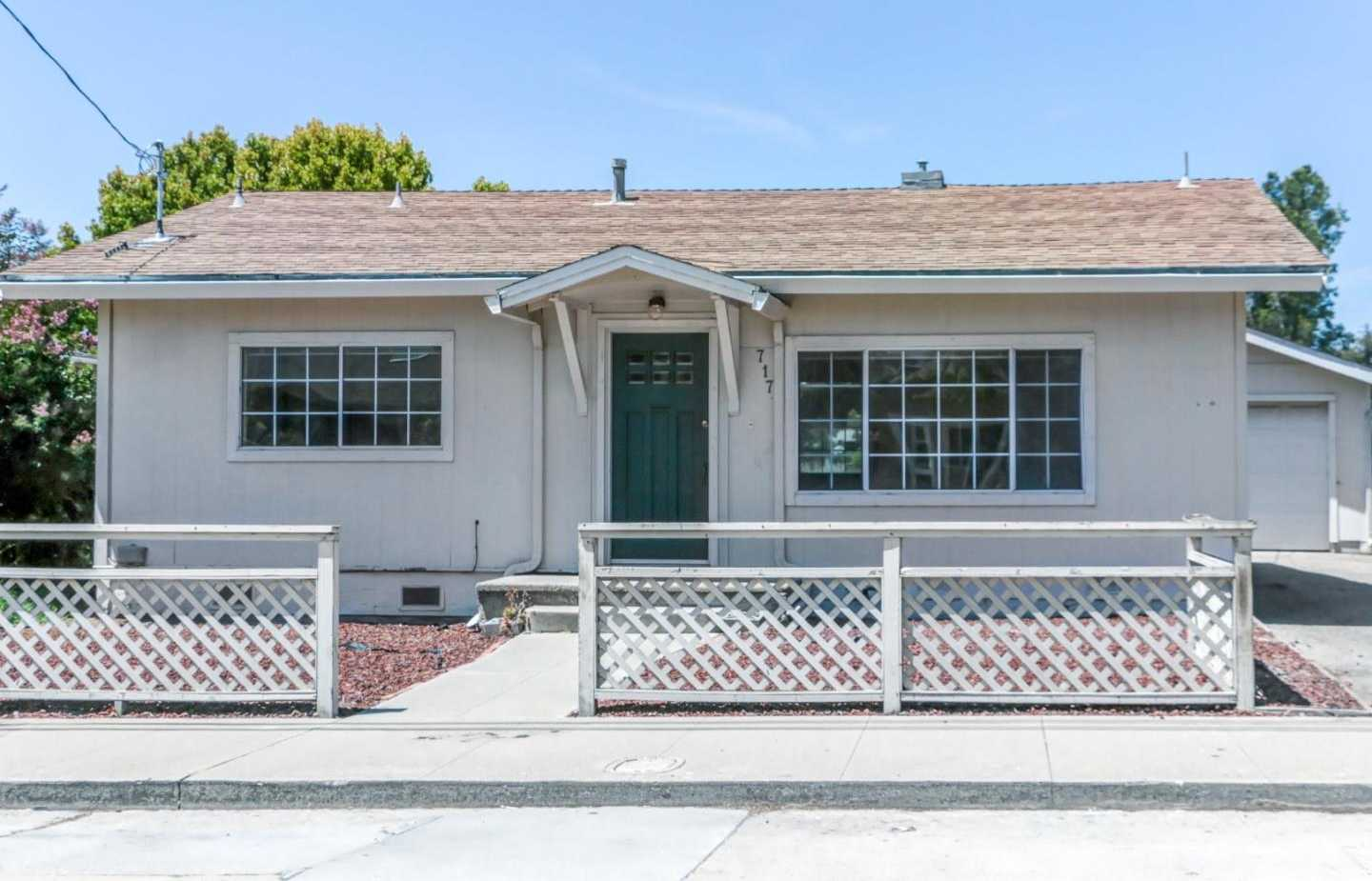 $735,000 - 2Br/1Ba -  for Sale in Santa Cruz