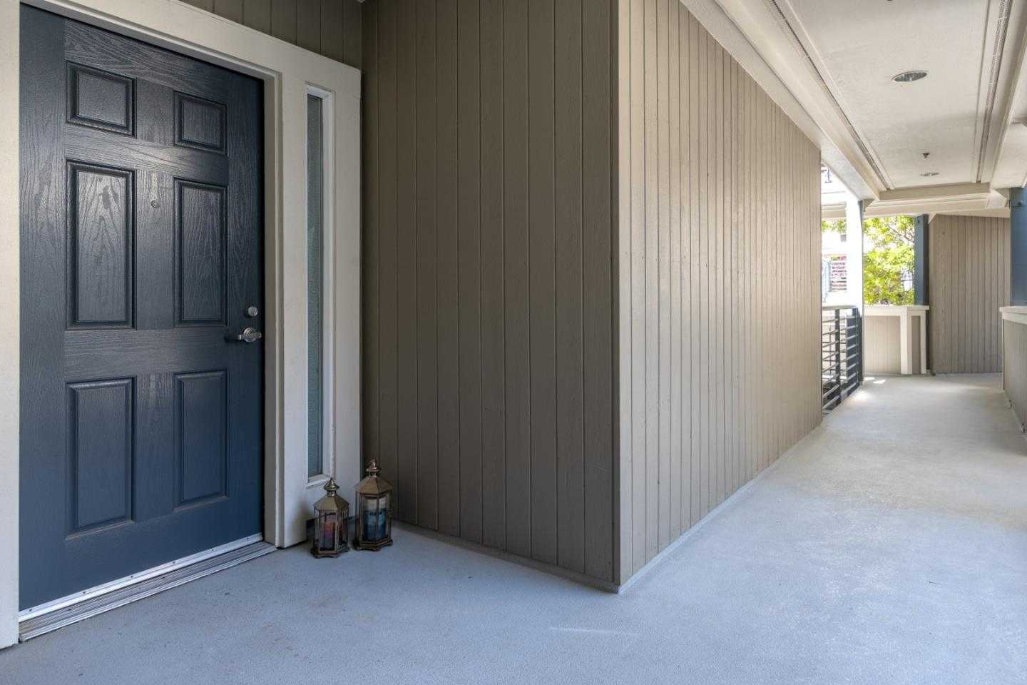 $1,075,000 - 3Br/2Ba -  for Sale in Foster City