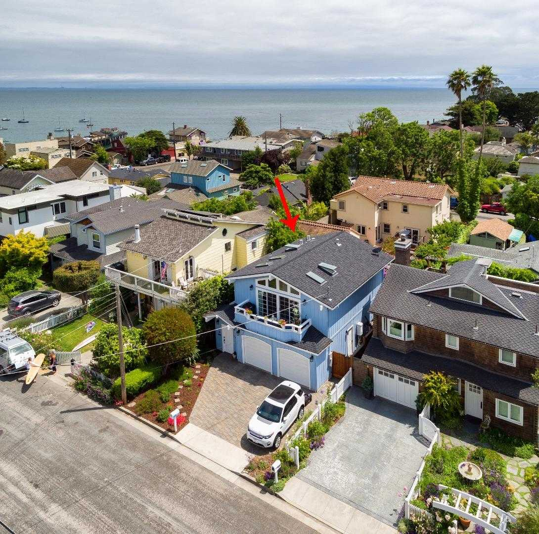 $1,498,000 - 3Br/2Ba -  for Sale in Capitola