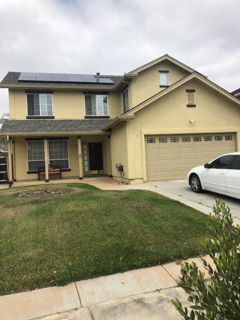 $605,000 - 4Br/3Ba -  for Sale in Salinas