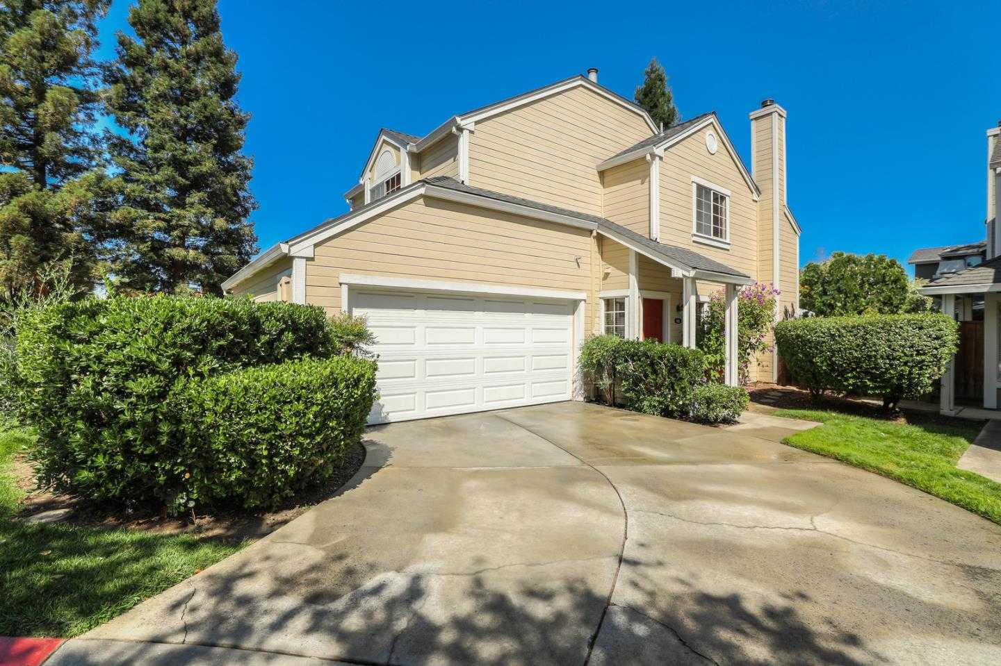 189 Easy St # AA Mountain View, CA 94043
