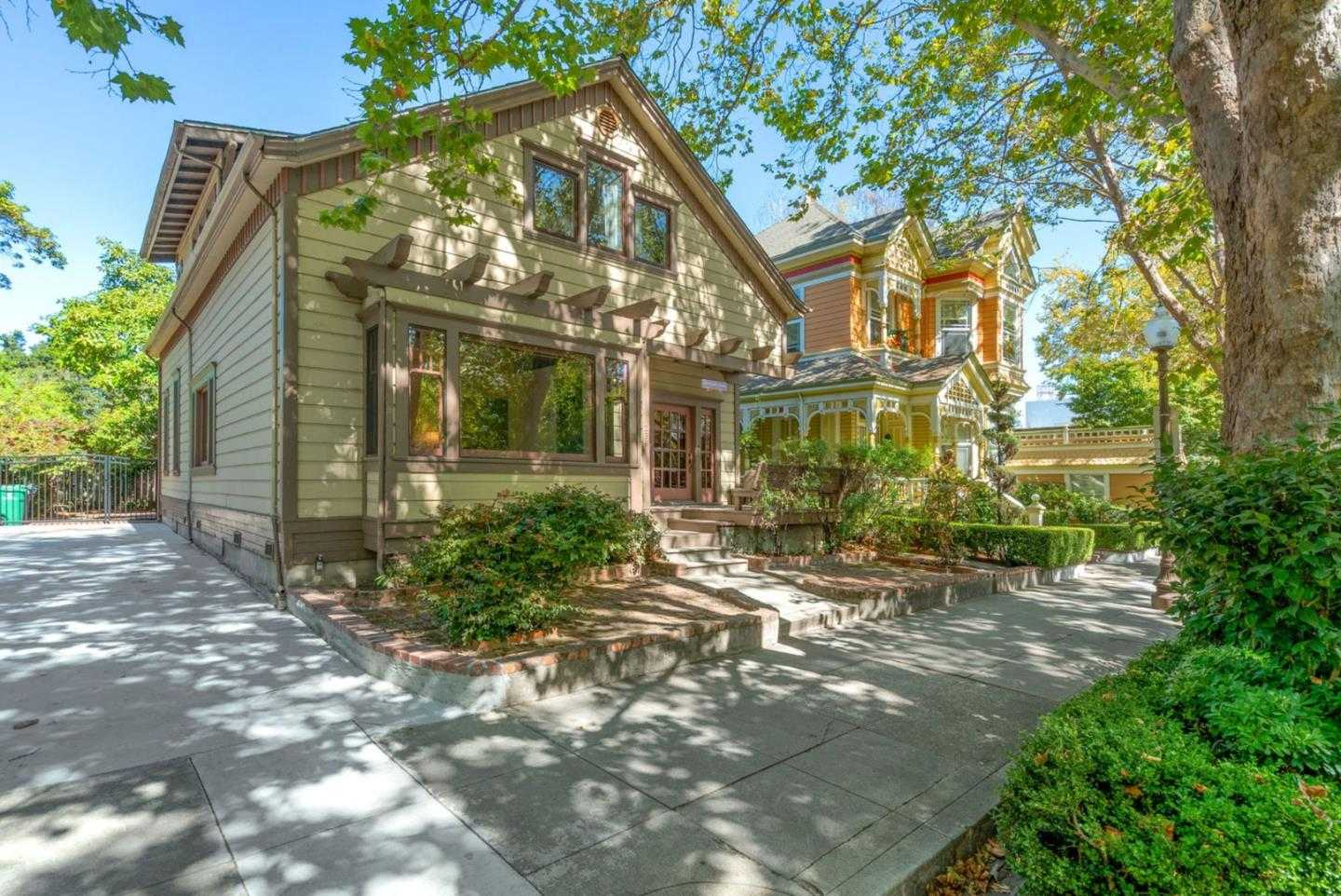 $1,650,000 - 6Br/5Ba -  for Sale in Santa Cruz
