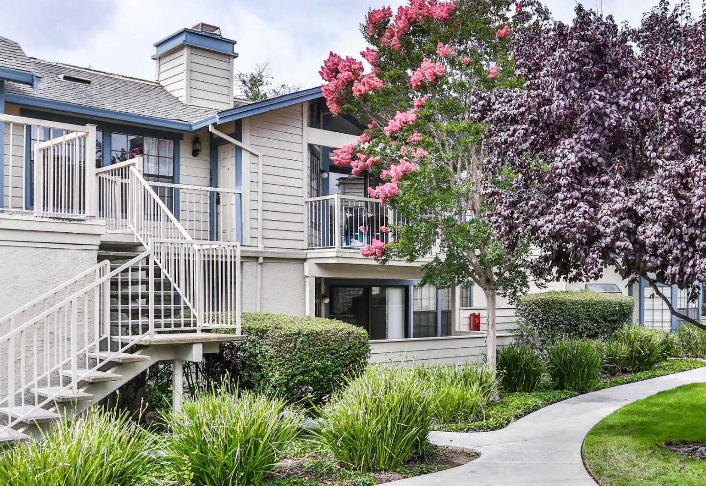 $989,000 - 2Br/2Ba -  for Sale in San Mateo