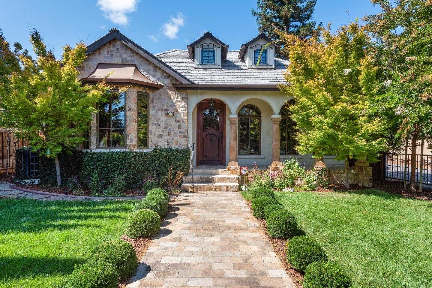 $3,699,000 - 4Br/4Ba -  for Sale in Los Altos