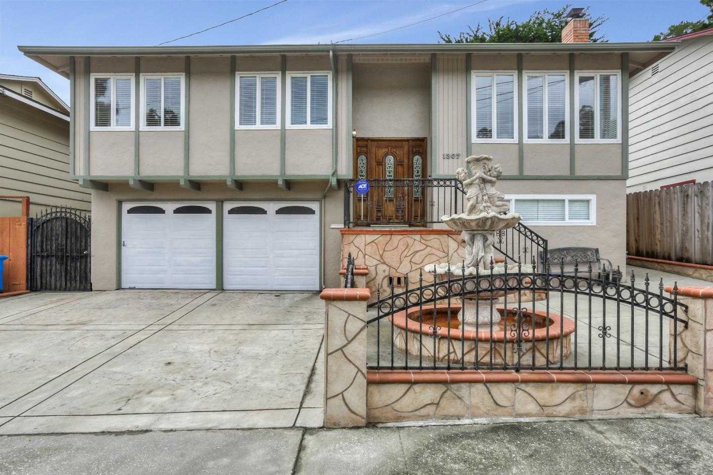$1,095,000 - 3Br/2Ba -  for Sale in Pacifica