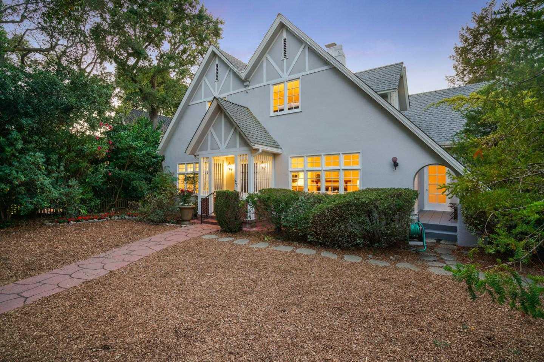 $4,998,000 - 4Br/3Ba -  for Sale in Palo Alto